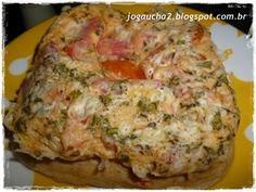 Quiche Dukan - 2 ovos, 2 c.s de farelo de aveia, 3 c.s de leite desnatado, á gosto lao e orégano, legumes picados, 1 c.s molho de tomate, 1 c.c fermento pó.  Bater bem os ovos, e ir adicionando aos poucos o farelo, leite, orégano, sal, legumes, molho de tomate sempre misturando bem. Acrescente o fermento e após misturar leve ao microondas por 4 min.