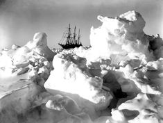 Shackletons Antarctic Expedition, Ernest Shackleton, Frank Hurley, Antarctica, The Ralls Collection, Ice Frame, frozen ship, ice floe, explorers