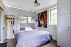 Charmante maison ancienne entièrement rénovée avec goût d'environ 150m² sur jardin arboré de 250m². neuilly sur seine - Barnes