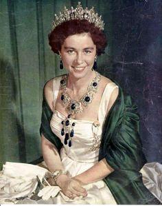 Queen Frederika of Greece in the emerald parure via Vintageroyalty.