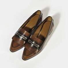 CHARLES & KEITH Pointed Leather Loafers ($29) ❤ liked on Polyvore featuring shoes, loafers, cognac, pointy shoes, loafer shoes, genuine leather shoes, leather slip on shoes and pointy toe shoes