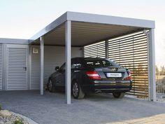 Der elegante Design-Carport ist mit einem großzügigen Geräteraum ausgestattet. Foto: designo-carport.de / MC-Garagen