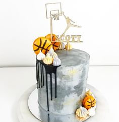 Concrete, basketballs and gold for Scott's birthday! ✨
