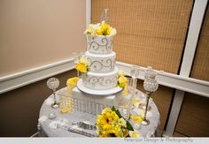 Peterson Design and Photography: Lisa & Fred :: 11-22-2014 :: Wedding in Riverside, Yellow and Grey Wedding, Canyon Crest Country Club Wedding, Vintage and Classic