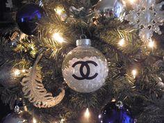 DIY Chanel Pearls Christmas Ornament Tutorial!