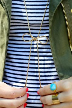 Check out this charming bow necklace. #necklace #bow #gold
