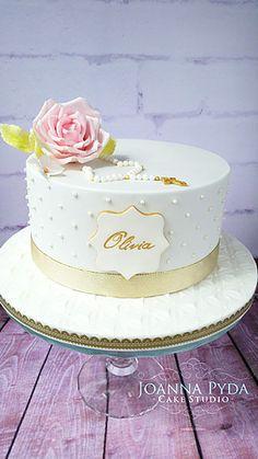joannapydacakestudio communion cake with sugar rose Comunion Cakes, First Holy Communion Cake, Confirmation Cakes, Paris Cakes, Horse Cake, Book Cakes, Character Cakes, Disney Cakes, Girl Cakes