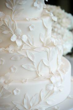 The details of Jennifer and Murat's custom wedding cake - Ana Parzych