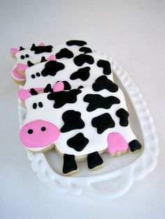 Funny COW sugar cookies - 1 dozen. $28.50, via Etsy.