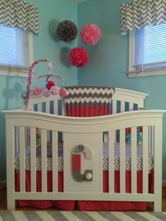 Crib from Babies r Us.