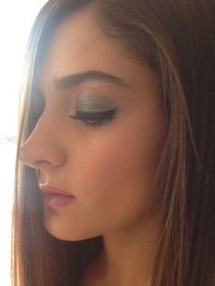 Colorful makeup fot Photoshoot with @Karina Iga and @queridofinolis #colors  Maquillaje de colores para sesion fotografica con @Karina Iga y @queridofinolis