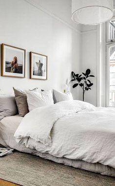 Best Scandinavian Bedroom Design for Simple Bedroom 10 - Schlafzimmer Minimalist Furniture, Minimalist Interior, Minimalist Kitchen, Modern Minimalist Bedroom, Minimalist House, Minimal Bedroom Design, Minimalist Office, Minimal Decor, Minimalist Wardrobe