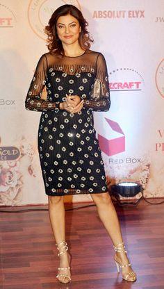 Sushmita Sen at Vikram Phadnis's fashion show. #Bollywood #Fashion #Style #Beauty #Hot #Sexy #Bengali