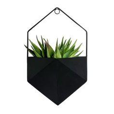 Väggkruka CLIFF svart. . Pulverlackad kruka med väggupphängning. Finns i två olika färger och former.