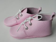 Baby Leather Boots  0-24 months  30$  www.alexazoo.ru  follow us on Instagram @alexazoo_moccs  find us on Etsy  we ship worldwide!!!