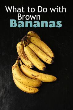 What to Do with Brown Bananas - Good Cheap Eats Coconut Banana Bread, Banana Chocolate Chip Muffins, Frozen Chocolate Bananas, Mango Banana Smoothie, Freezer Smoothies, Banana Recipes, Easy Recipes, Healthy Recipes, Banana Dessert