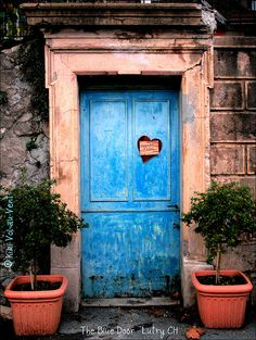 hearts and blue doors....i love them both