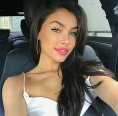 Find images and videos about madison beer, beauty and singer on We Heart It - the app to get lost in what you love. Madison Beer Style, Madison Beer Outfits, Madison Beer Makeup, Brunette Beauty, Hair Beauty, Maddison Beer, Pretty Eyes, These Girls, Live Girls