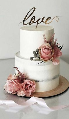 The 50 Most Beautiful Wedding Cakes <br> Need some inspiration for your cake design? Which style of cake should you choose? What should it taste like? The wedding cake style will relate. Wedding Cake Rustic, Elegant Wedding Cakes, Beautiful Wedding Cakes, Wedding Cake Designs, Wedding Themes, Beautiful Cakes, Wedding Colors, Wedding Ideas, Elegant Cakes
