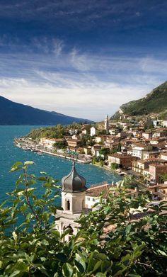 Early morning at Lake Garda in Limone, northern Italy • photo: John Atkinson