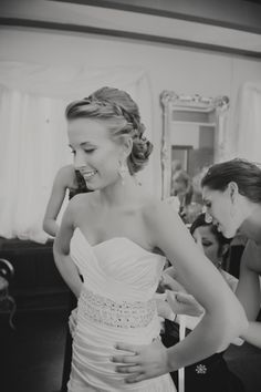 i want this picture taken of me -- so sweet, also love the braid in her hair! Dress Hairstyles, Pretty Hairstyles, Wedding Hairstyles, Wedding Hair And Makeup, Hair Makeup, Dream Hair, Princess Wedding, Bridesmaid Hair, Hair Dos