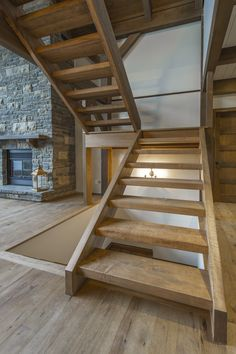 Escalier 100% bois – Photos Rustic Staircase, Timber Staircase, Staircase Handrail, Floating Staircase, Modern Staircase, Building Stairs, Building A House, Home Stairs Design, House Design