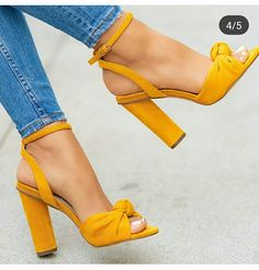 high heels – High Heels Daily Heels, stilettos and women's Shoes Dream Shoes, Crazy Shoes, Me Too Shoes, Women's Shoes, Shoe Boots, Grey Shoes Heels, Stilettos, Stiletto Heels, Cute Heels