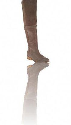 Most current zara thigh high bootss. Read more about Amazing thigh high boots Womens Thigh High Boots, Sexy Boots, Thigh Highs, Riding Boots, Knee Boots, Thighs, Zara, Amazing, Horse Riding Boots