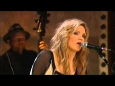 Gone,gone,gone   Alison Krauss Robert Plant. A great song from this pairing,,,,Robert Plant looked like he was having so much fun doing this.