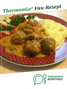 Hackfleischbällchen mit Jägersoße und Kartoffelpüree Meatballs with hunter sauce and mashed potatoes from HotTomBBQ. A Thermomix ® recipe from the main course with meat category www.de, the Thermomix ® community. Seafood Recipes, Mexican Food Recipes, Dinner Recipes, Ethnic Recipes, Cauliflower Recipes, Potato Recipes, Healthy Eating Tips, Healthy Recipes, Easy One Pot Meals