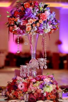 centro de mesa alto Centros con perlas o lágrimas de cristal.