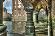 Germany Photography, Hamburg Germany, Mansions, House Styles, Awesome, Budget, Hamburg, Puertas, Abstract Photography