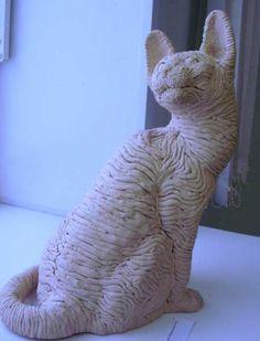 III место в номинации Скульптура. Кот (шамот). Рослянкина Н.В.