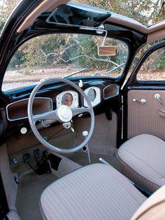 1952Volkswagen Beetle+Interior Dashboard.