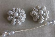 """バリオンクロッシェ のお花の編み方 """"How to Crochet / Crochet and Knitting Japan"""", """" Of Puff Stitch, a plump round three-dimensional, is a flower. Crochet Motif, Crochet Lace, Crochet Stitches, Crochet Patterns, Diy Hair Accessories, Knitting Accessories, Japan Flower, Kanzashi Tutorial, Flower Video"""