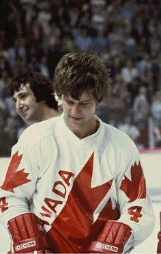 Mr. Orr Funny Hockey Memes, Canada Hockey, Hockey Boards, Bobby Orr, The Sporting Life, Boston Bruins Hockey, Boston Sports, O Canada, Vancouver Canucks