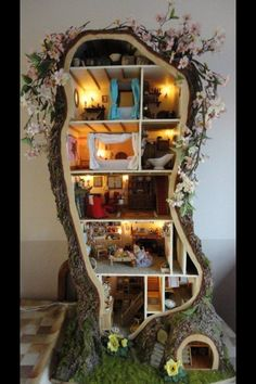 Homemade tree doll house! Thought This Was A Neat Idea :)
