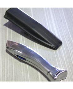 Praktisches #Zubehör von den Original-Herstellern, allerdings zu besseren Preisen: Profischneidemesser (Cutter) mit Schutztasche