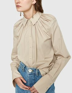 Bespoke Shirts, Casual Outfits, Fashion Outfits, Elegant Outfit, Womens Fashion For Work, Fashion 2020, Couture Fashion, Beautiful Outfits, Fit Women