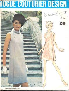 Modello abito femminile di vintage 1960, Vogue 2358 cartamodello, formato 14, Vogue Couturier di Frederico Forquet di AtomicRegeneration su Etsy https://www.etsy.com/it/listing/216076346/modello-abito-femminile-di-vintage-1960
