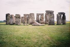 Stonehenge, I want to see this... How did they do it!!!