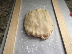 This is the best Foolproof No Chill No Spread Sugar Cookies I've ever made! It is very easily customizable also! Check out the options below the recipe! No Spread Sugar Cookie Recipe, Sugar Cookie Recipe For Decorating, Christmas Sugar Cookie Recipe, Sugar Cookies Recipe, Cookie Decorating, Cookie Recipes, Christmas Cookies, Cookie Ideas, Oven Canning