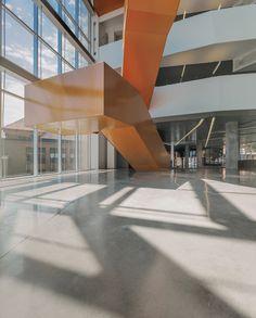 Edificio de Ciencias Anne-Marie Edward / Saucier Perrotte architectes Anne-Marie Edward Science Building at John Abbott College / Saucier Perrotte architectes – Plataforma Arquitectura