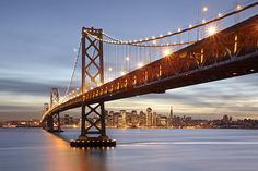 Fototapet Bay Bridge din San Francisco in amurg The Places Youll Go, Places To Visit, Images Murales, San Francisco Travel, Famous Landmarks, Of Wallpaper, Bridge Wallpaper, Wallpaper Patterns, Wallpaper Designs