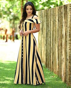 Designer Gowns African Dress Short Sleeve Dresses Frocks Dress Skirt Paola Santana Cute Outfits Suits Clothes For Women Sewing Dresses For Women, Clothes For Women, Dress Sewing, Modest Fashion, Fashion Dresses, Fashion Styles, Dress Outfits, Casual Dresses, Maxi Dresses