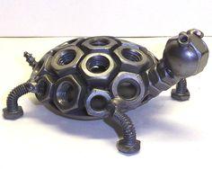 Mano hecha a mano de metal reciclado Estatuilla Escultura De Arte De Tortuga