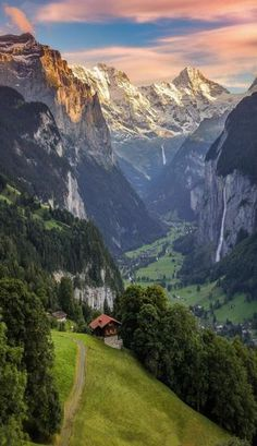 Lauterbrunnen, Berner Oberland, Switzerland.