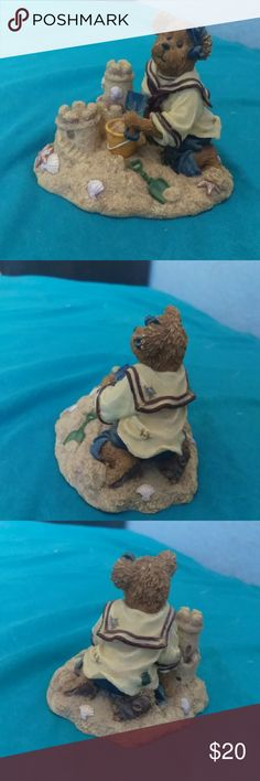 Boyds Bears And Friends The Bearstone Collection Style #2277931 Bethany Sanditoes A Day At The Beach  2003 In excellent condition Boyds Bears Other
