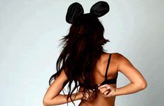 i've never wanted to be mickey mouse more in my life… :P