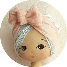 Sweet easy patterns to inspire a joy of sewing de Gingermelon Felt Doll Patterns, Easy Patterns, Stuffed Toys Patterns, Sock Dolls, Felt Dolls, Plush Dolls, Sewing Dolls, Fairy Dolls, Doll Hair